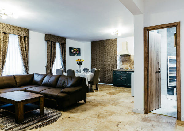 daniel ceapa fotograf brasov imobiliare poiana brasov airbnb booking rezervare cazare interior